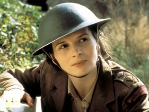 Juliette-Binoche-in-The-English-Patient-Image-from-kinopoisk.ru-
