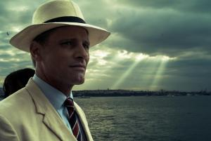 still-of-viggo-mortensen-in-the-two-faces-of-january-(2014)