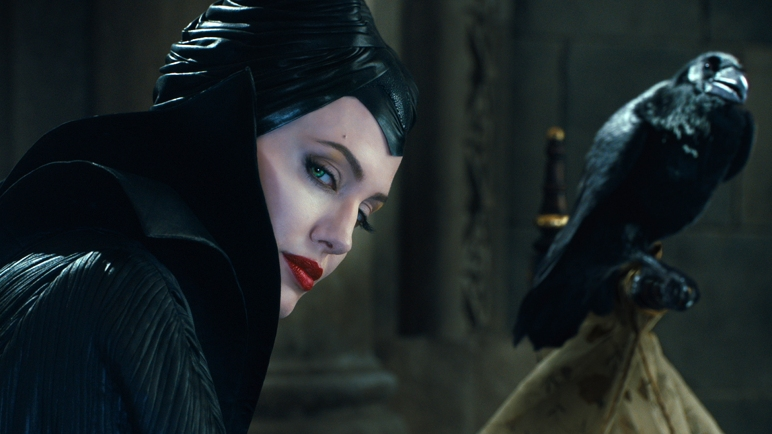 tumblr_static_angelina-jolie-crow-maleficent-movie-1920x1080