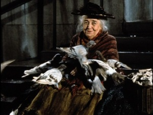 Jane_Darwell_in_her_role_as_the_bird_woman