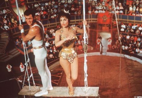 tony_curtis_et_gina_lollobrigida_dans_trapeze_1956