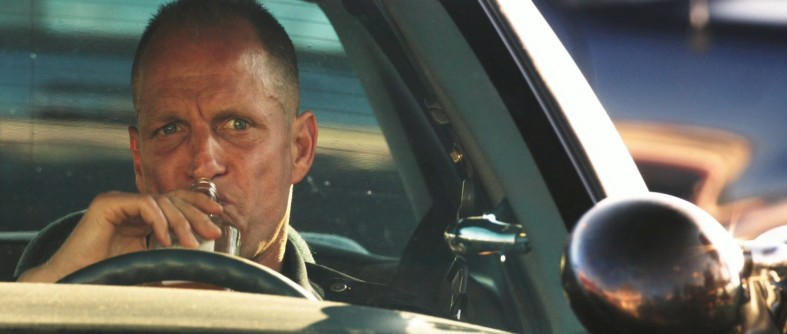 woody-harrelson-as-dave-brown-in-rampart