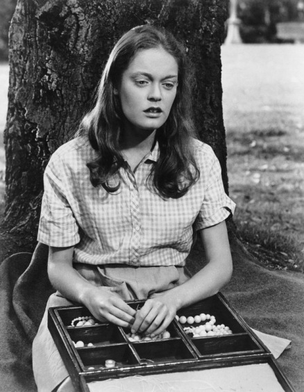 Elizabeth-Hartman-in-A-Patch-of-Blue-elizabeth-hartman-15189626-596-768