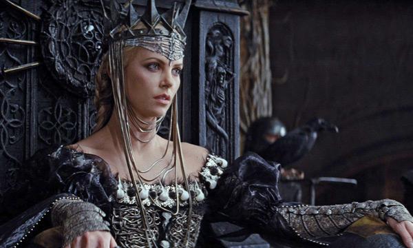 imagenes de Blancanieves y la leyenda del cazador