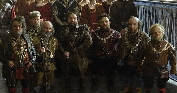 The-Huntsman-2-of-7-Dwarves-to-Appear