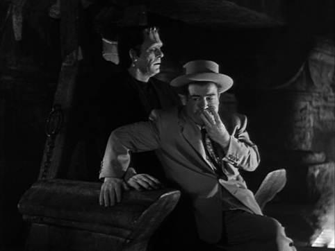 Bud-Abbott-and-Lou-Costello-Meet-Frankenstein-1948-3