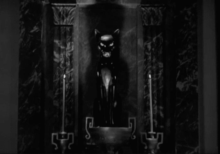 black-cat-1941-statue