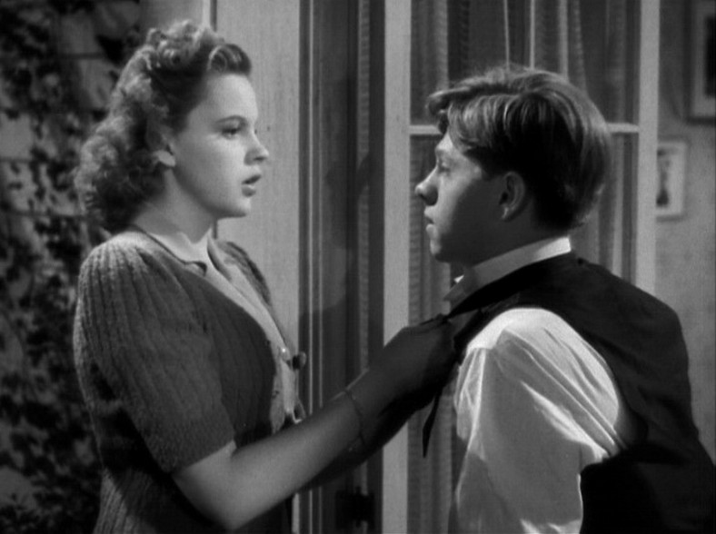 judy-garland-and-mickey-rooney-in-babes-in-arms-1939