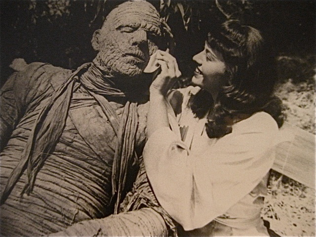 13-mummys-curse