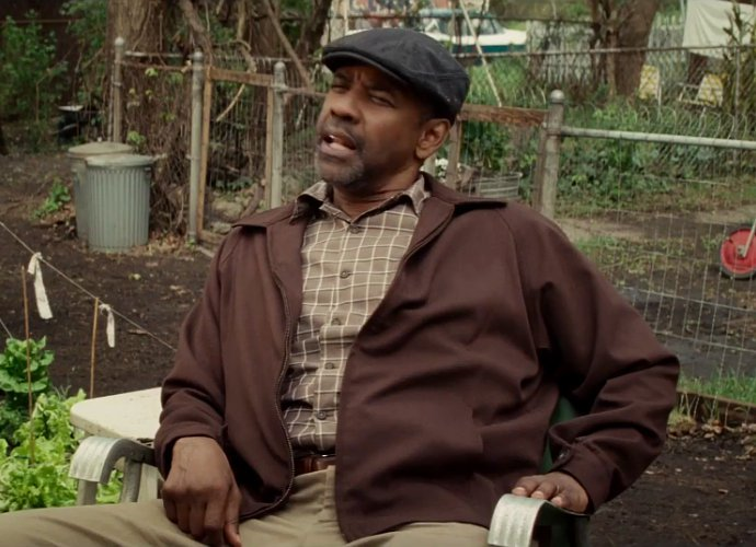 denzel-washington-gets-emosional-in-fences