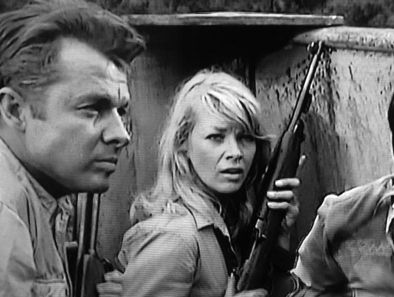 audie-murphy-and-dolores-michaels-in-battle-at-bloody-beach-1961-large-picture