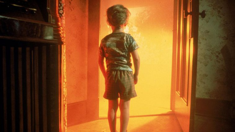 close_encounters_2_758_426_81_s_c1