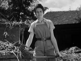 A-Canterbury-Tale-(1944)---Sheila-Sim-741655