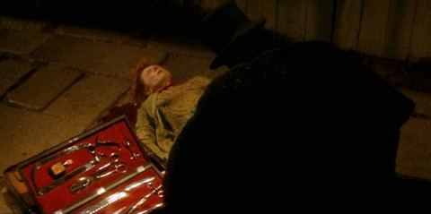 from-hell-2001-movie-review-jack-the-ripper-murder-scene-e1400790433182