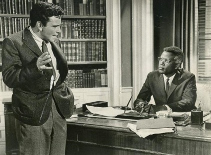 peter-falk-and-sydney-poitier-in-pressure-point-1962