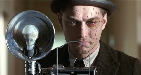 road-to-perdition-2002-photographer-killer-jude-law