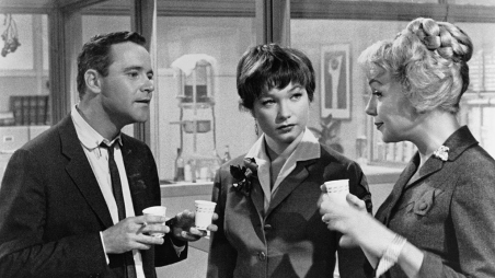 apartment-lemmon-maclaine-secretary