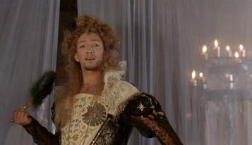 Elizabeth-1998-Cate-Blanchett-17