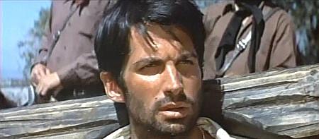 George-Hamilton-as-Flores-in-Viva-Maria-1965-01